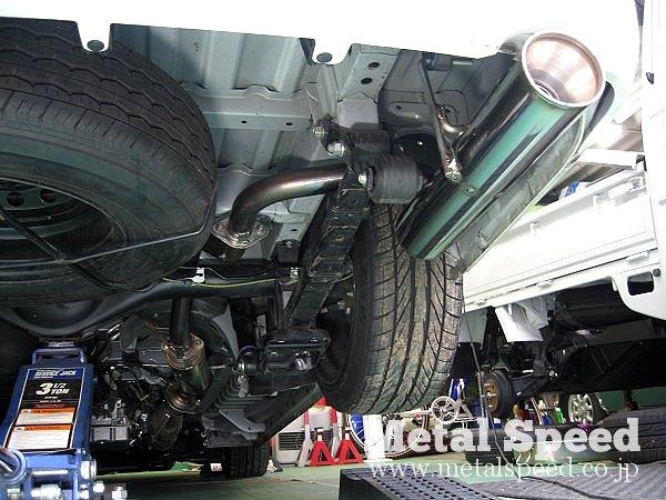 トヨタ 200系ハイエース用ワンオフマフラー