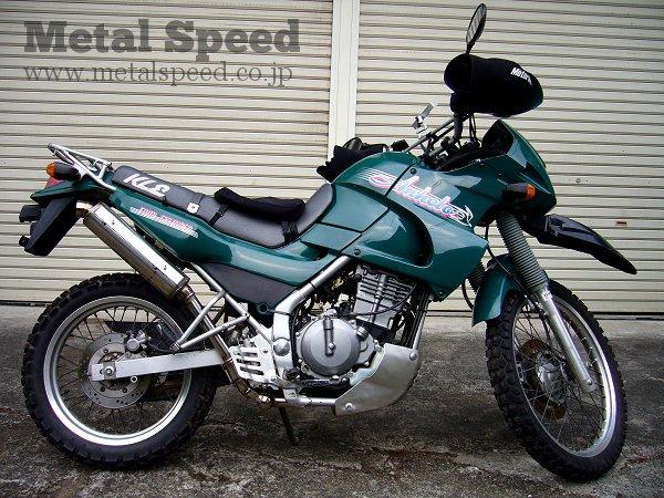 カワサキKLE250アネーロ用ワンオフマフラー by メタルスピード